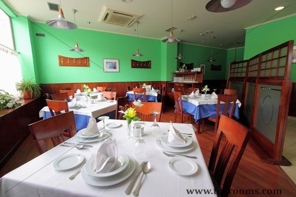 Fenix Restaurant - Restaurant in Oviedo