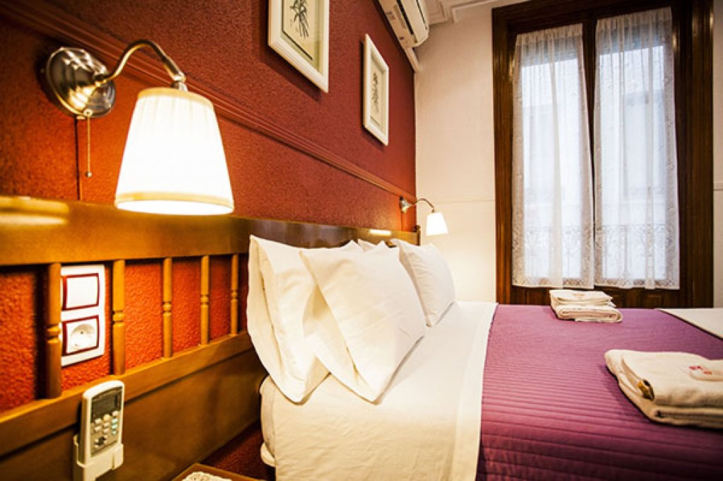16 - Hostal Centro Madrid