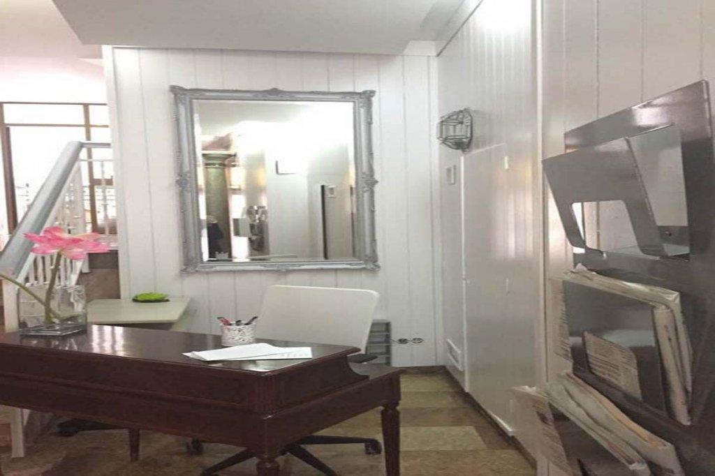 4461-detalle-espejo-recepcion-alhambra-zoom-ok.jpg