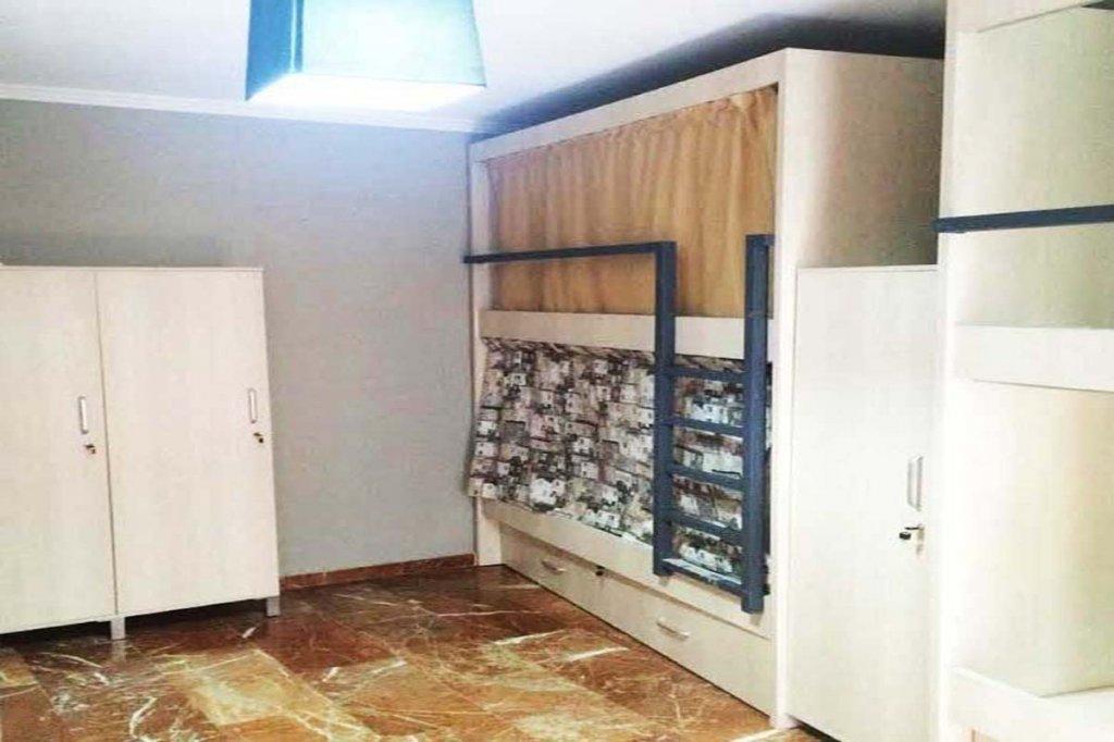 4461-habitacion-compartida-para-4-alhambra-zoom-ok.jpg