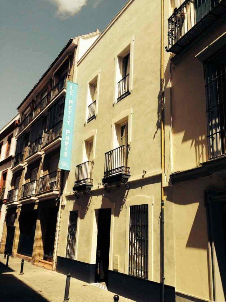 Le petit Paris Sevilla