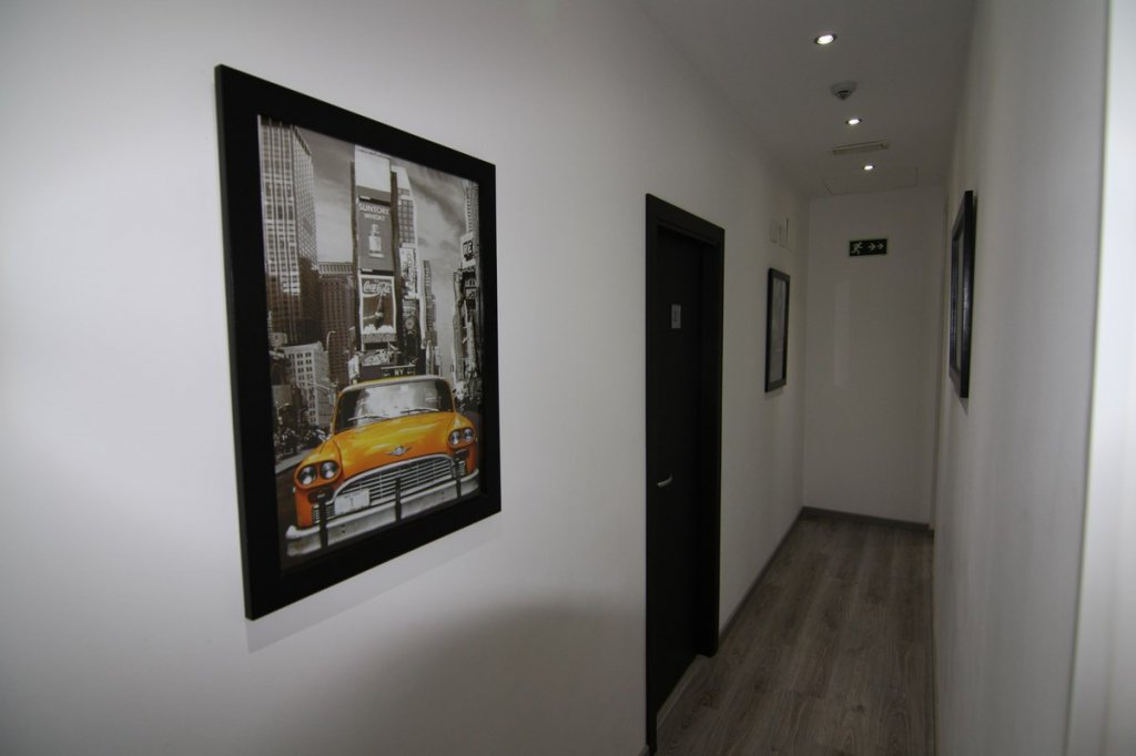 Hostal Mh Fuencarral Madrid