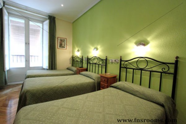 Hostal Los Alpes Madrid