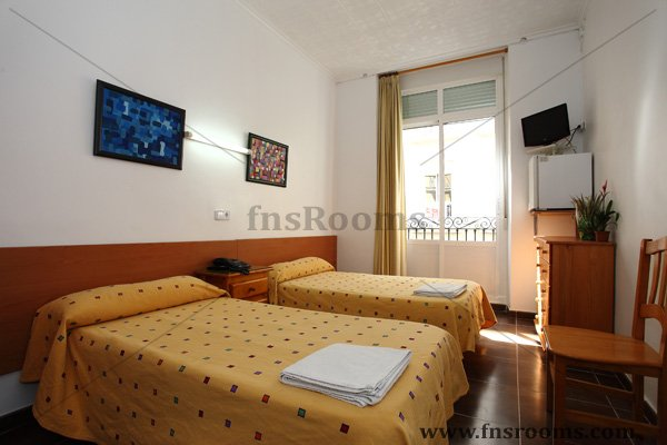 San Fernando Hostel - Hostel in Alicante - Cheap Hostel in Alicante