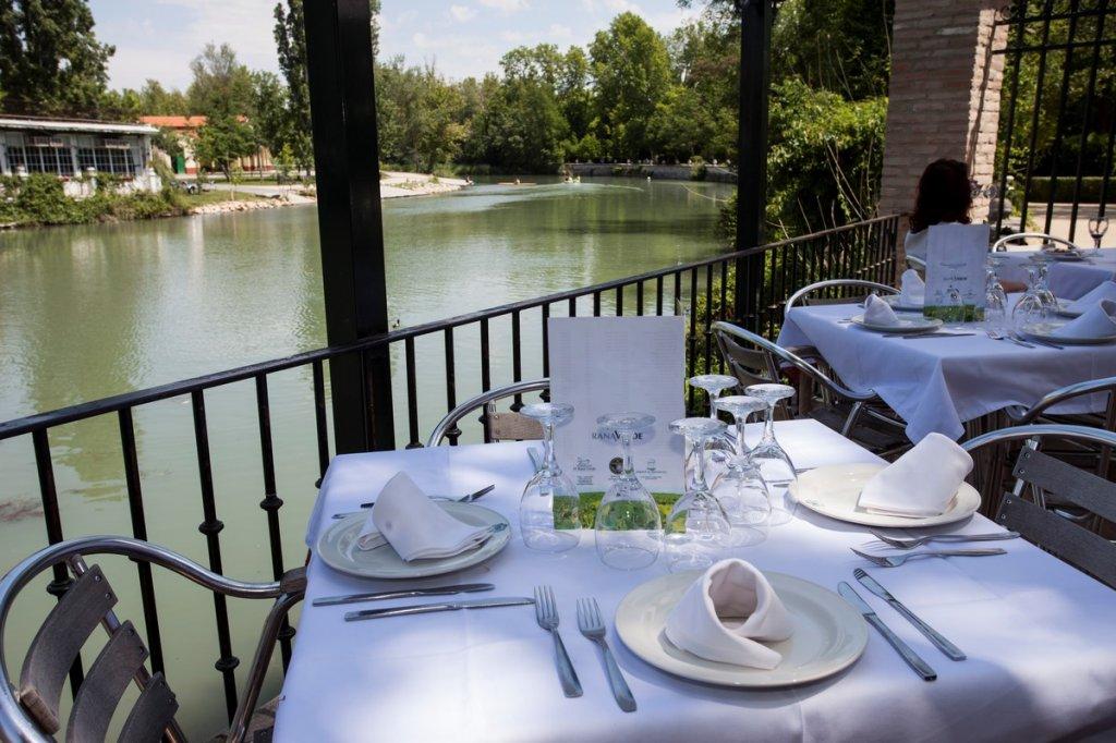 6093-restaurante-el-rana-verde-2016-10.jpg