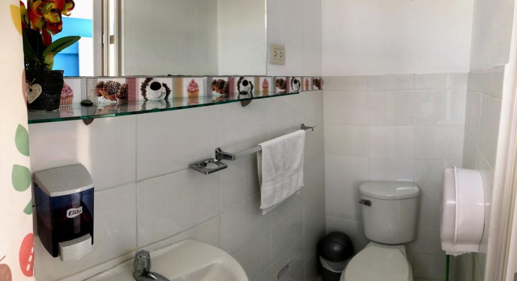 Individual Económica. Baño privado - 6164-1564072902_img_3297.jpg.jpg
