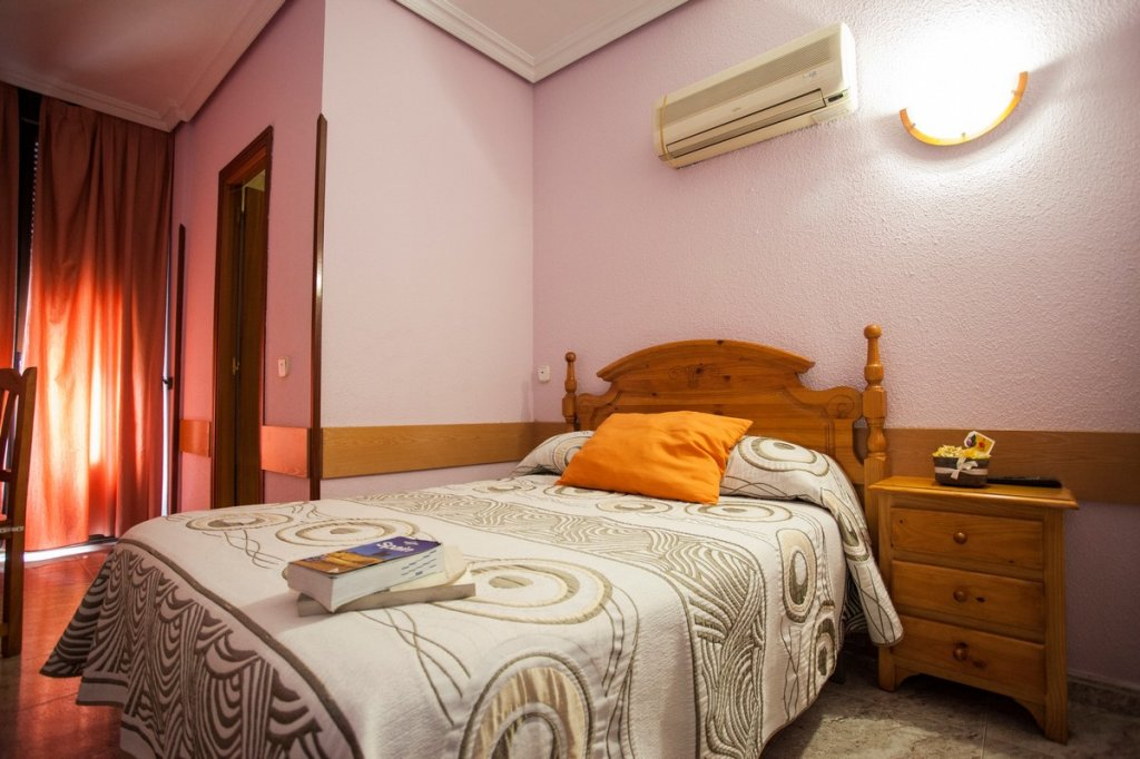 1 - Hostal Bermejo Madrid