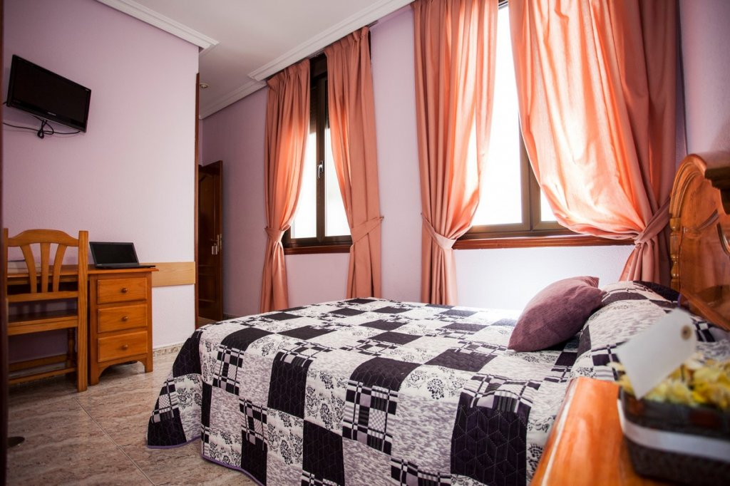 17 - Hostal Bermejo Madrid