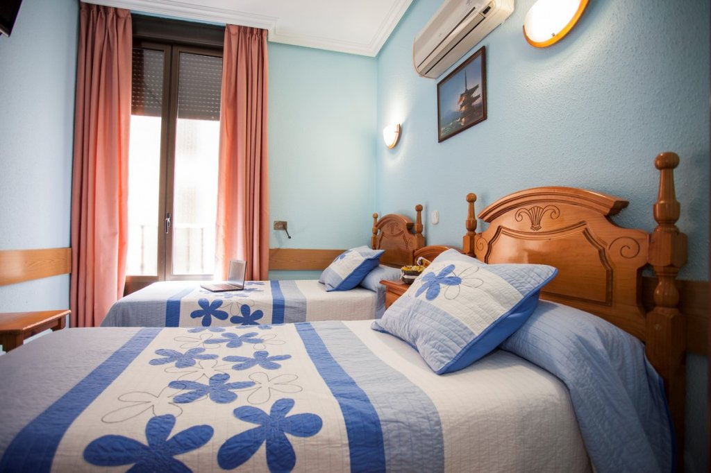 22 - Hostal Bermejo Madrid