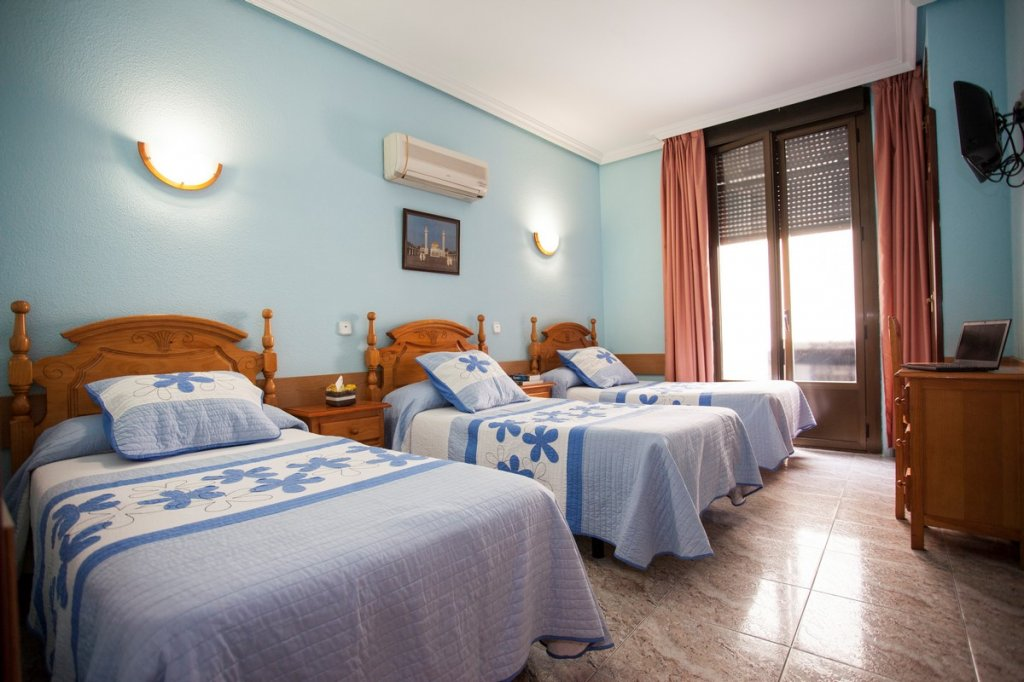 8 - Hostal Bermejo Madrid