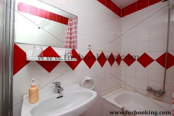 Los Arces Hostel - Hostel in Valladolid - Cheap Hostel in the center of Valladolid - Gallery