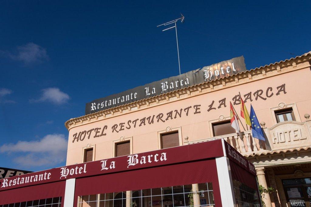 6758-1482332568_hotel-la-barca-1.jpg