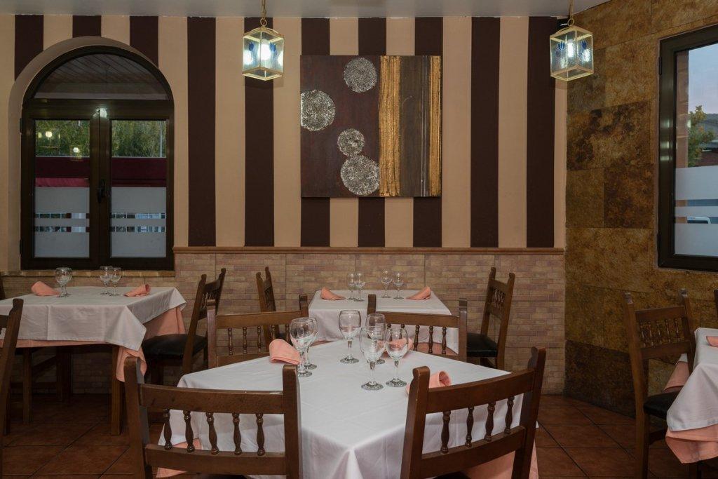 6758-1482403143_restaurante-cafeteria-la-barca-5.jpg
