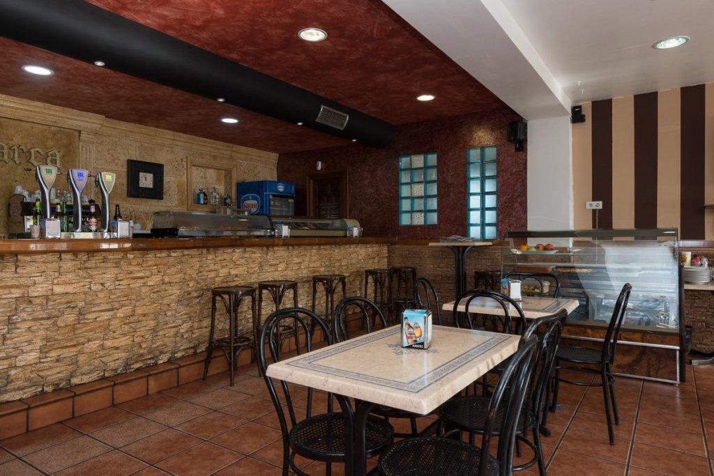 6758-1482403149_restaurante-cafeteria-la-barca-11.jpg