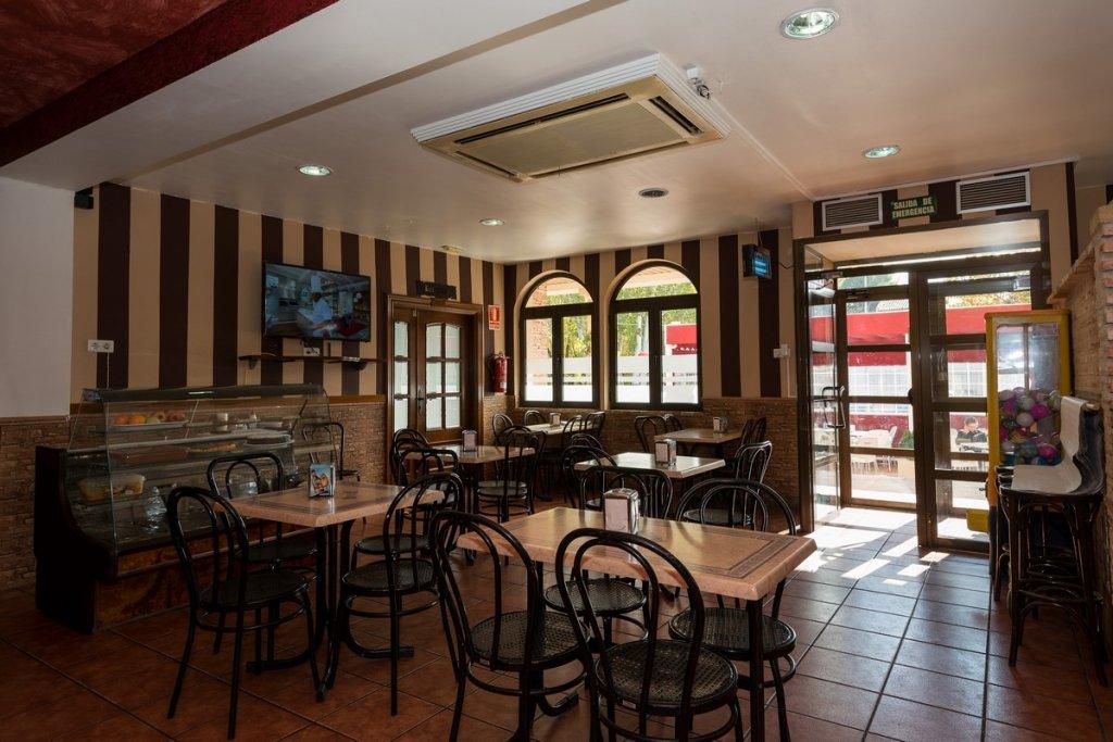 6758-1482403157_restaurante-cafeteria-la-barca-15.jpg