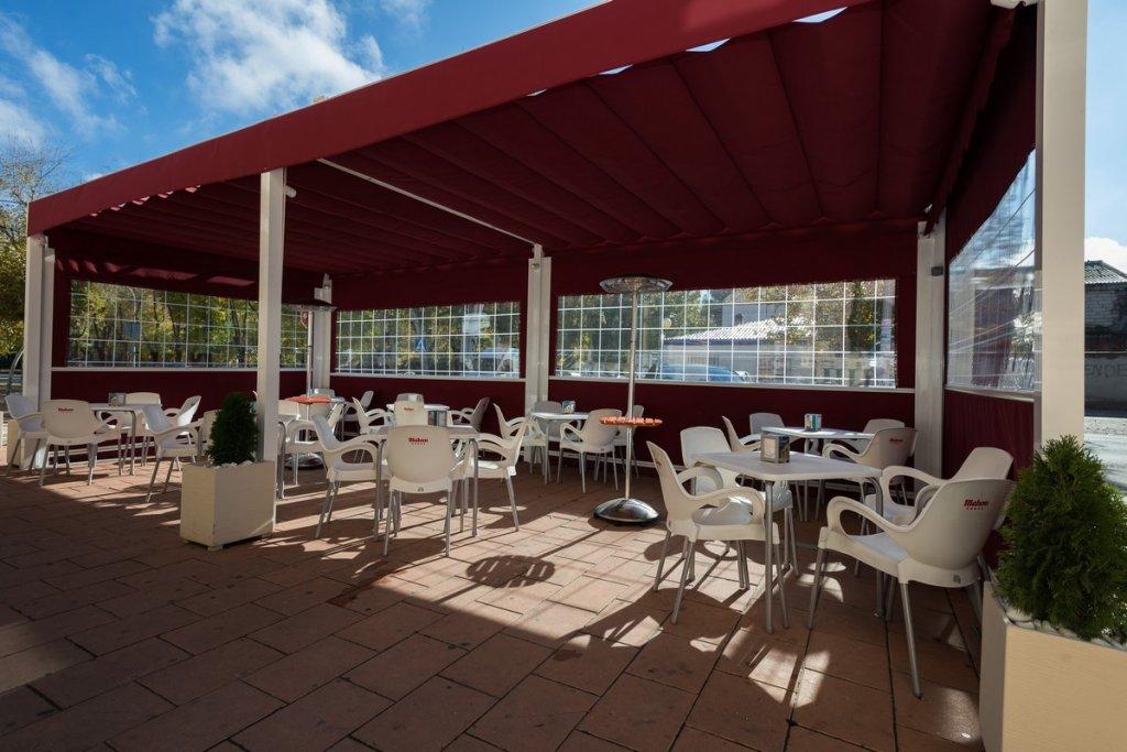 6758-1482403160_restaurante-cafeteria-la-barca-17.jpg