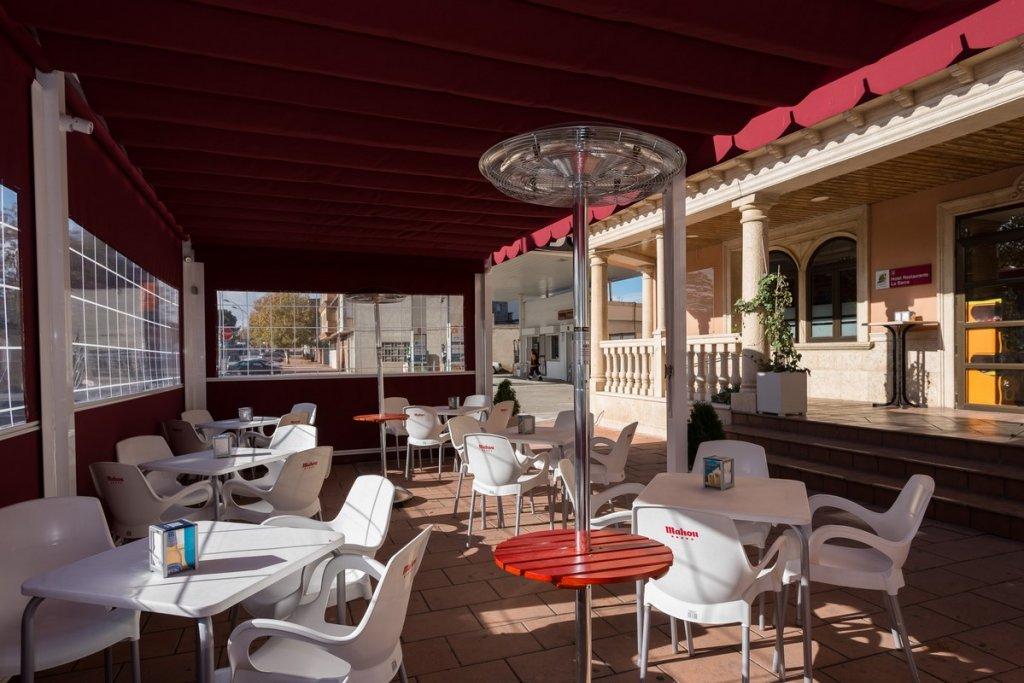6758-1482403162_restaurante-cafeteria-la-barca-18.jpg