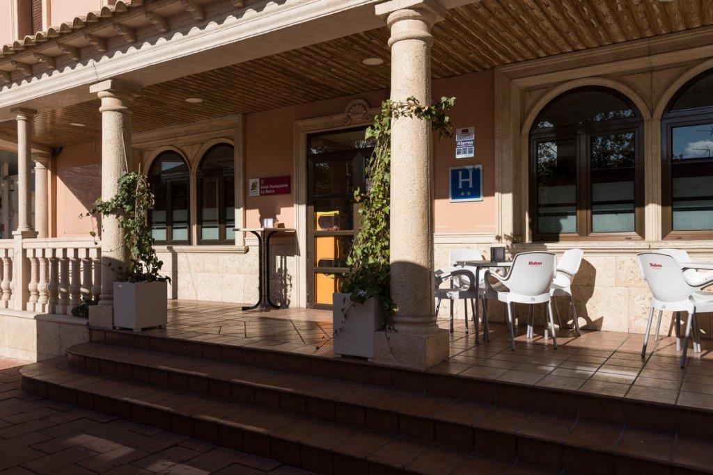 6758-1482403166_restaurante-cafeteria-la-barca-20.jpg