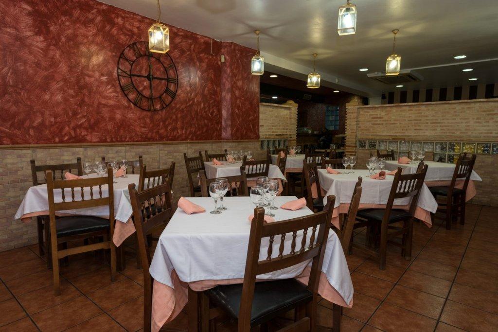 6758-1482403179_restaurante-cafeteria-la-barca-2.jpg