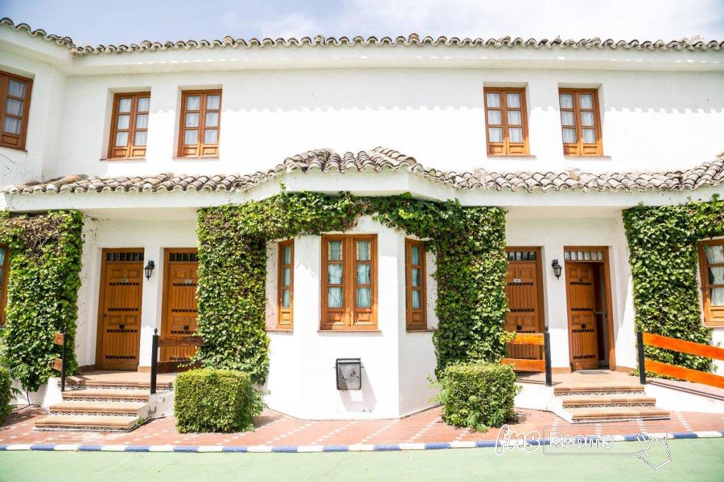 23 - Hotel Restaurante Los Arcos