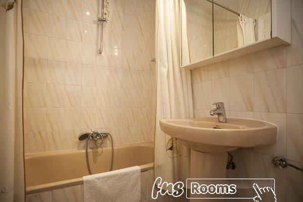 P Ava rooms