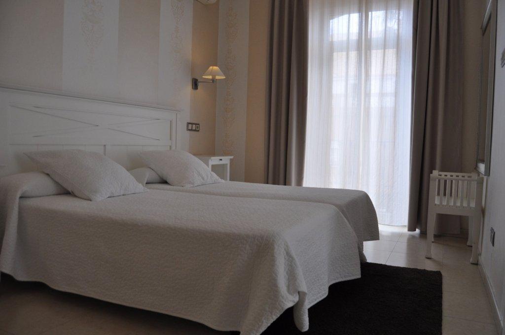 50 - Hoteles Tarifa