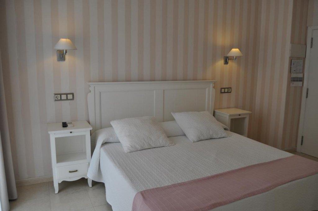 18 - Hoteles Tarifa