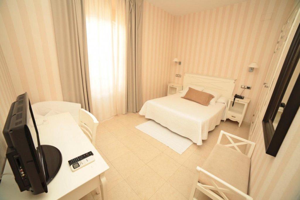 24 - Hoteles Tarifa