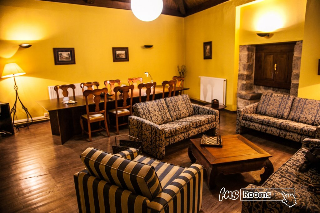 Hotel Castillo Valdes Salas