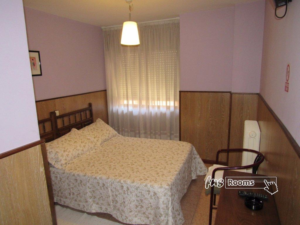 Matrimonial. Baño privado - 6875-1500060640_img_0786.jpg