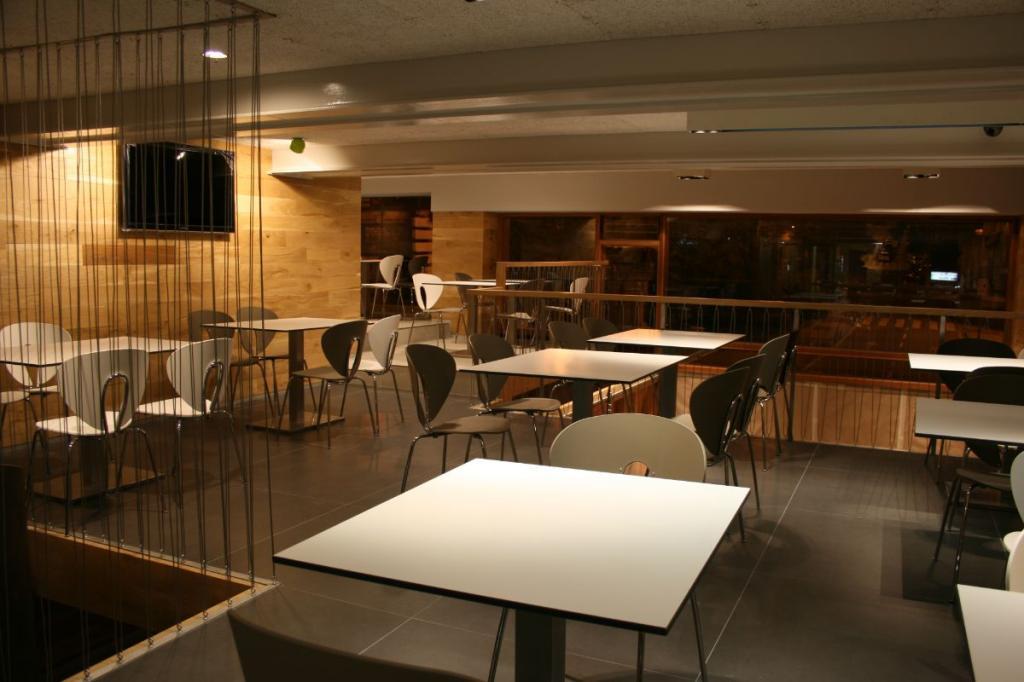 6900-1621838536_salones-cafeteria-2.jpg.jpg