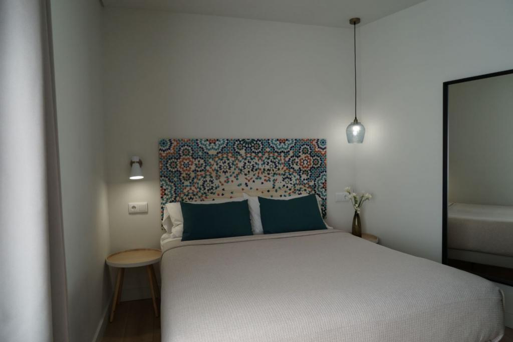 6913-1581177583_md-design-hotel-portal-del-real-2-1.jpg.jpg