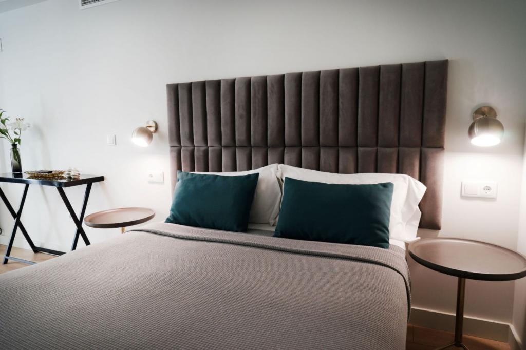 6913-1581177690_md-design-hotel-portal-del-real-14-1.jpg.jpg