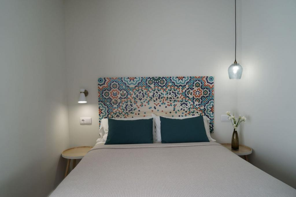 6913-1581179483_md-design-hotel-portal-del-real-3-1.jpg.jpg