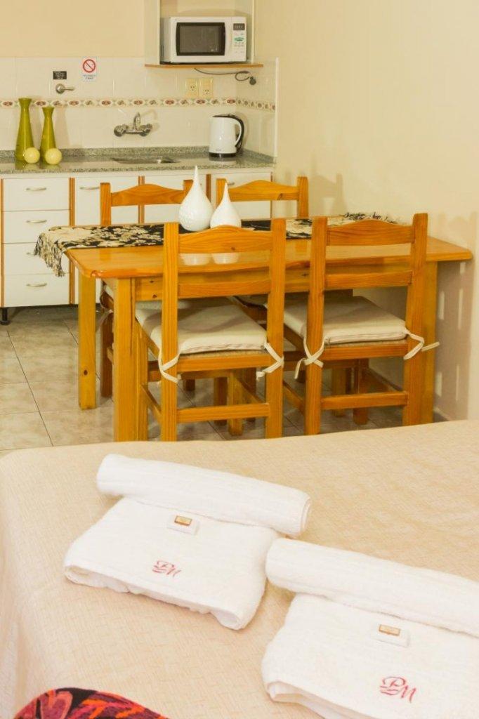 6987-1519299023_estar-cocina-depto-2-pax1.jpg