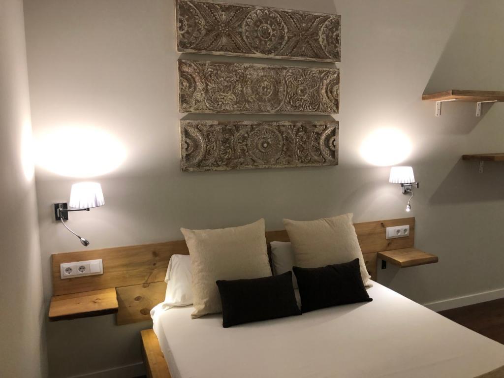 HOTEL RADHA Barcelona