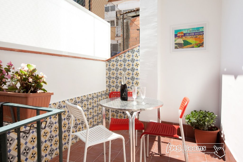 centric Apartment molino p2