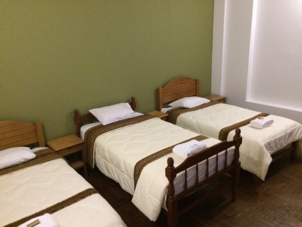 Single Bed in shared misto bedroom with shared bathroom with three beds