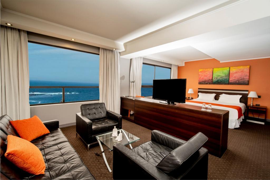 7324-1554242294_hotel-spark-iquique_cavancha_suite-4.jpg.jpg