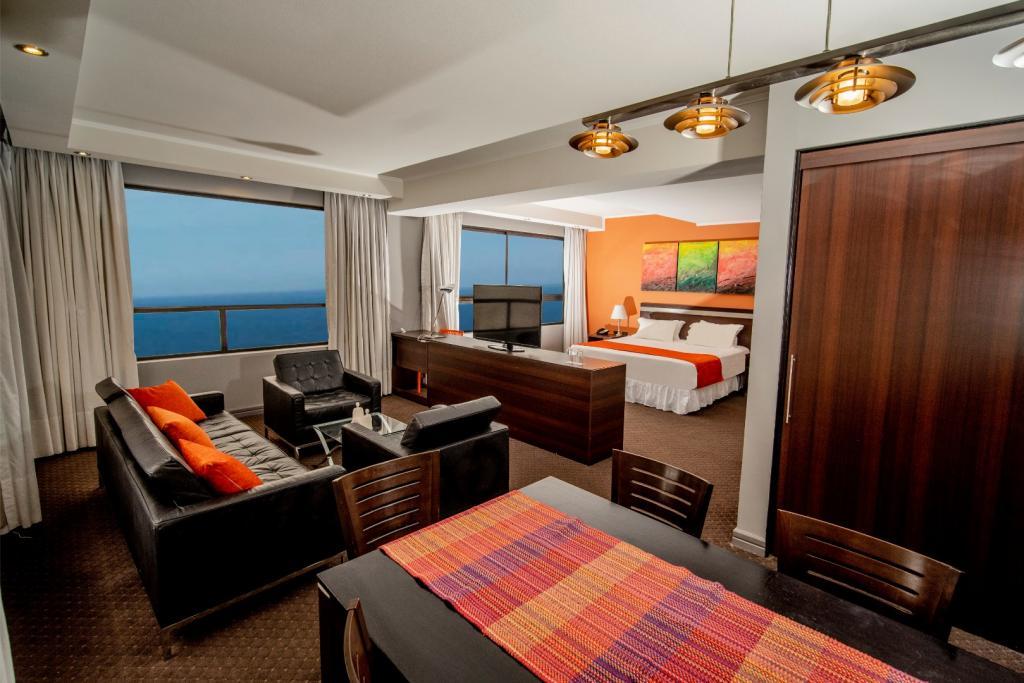 7324-1554242303_hotel-spark-iquique_cavancha_suite-3-2.jpg.jpg