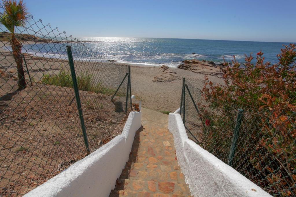7337-1591601613_acceso-playa.jpg.jpg