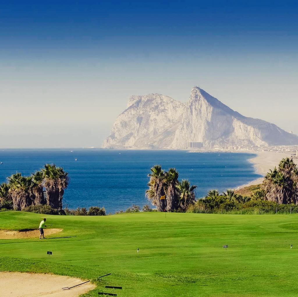7337-1613061772_junto-a-los-mejores-campos-de-golf-2021.jpg.jpg