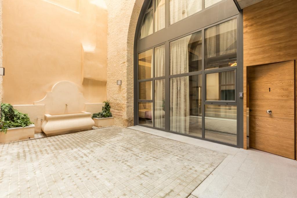 7362-1561477795_edificio-rodrigo-bajo-con-patio-01.jpg.jpg