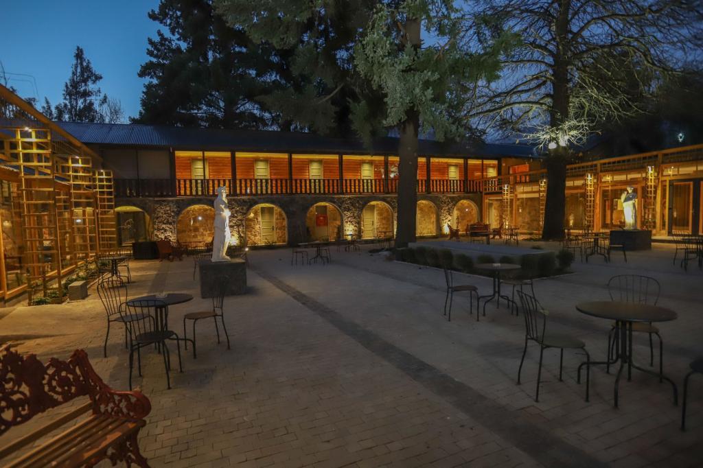 7363-1568709798_leonera-hotel-2-138-min.jpg.jpg