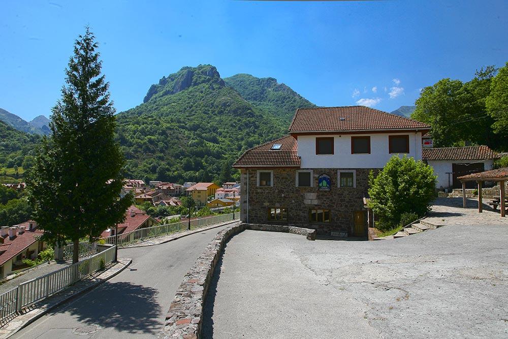 Pension Rural Casa Cesareo Pola de Somiedo
