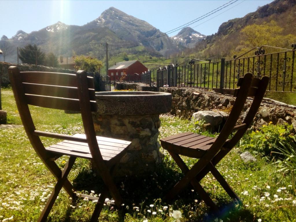 Casas La Laguna Somiedo