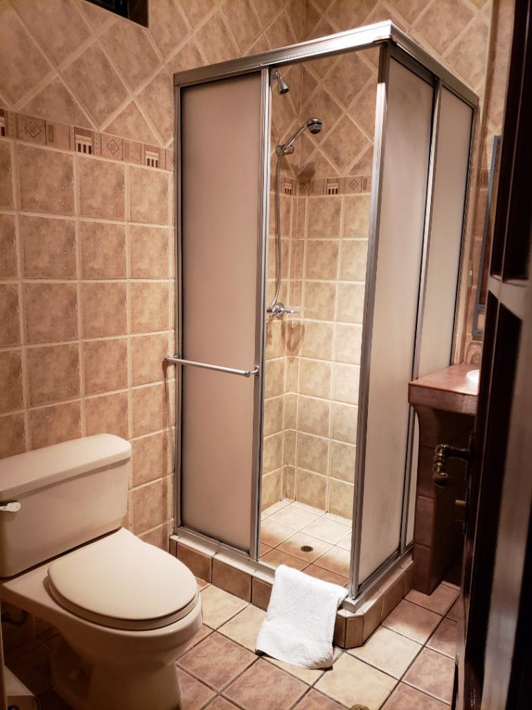 7429-1564468556_toilets-habitacion-doble.jpg.jpg