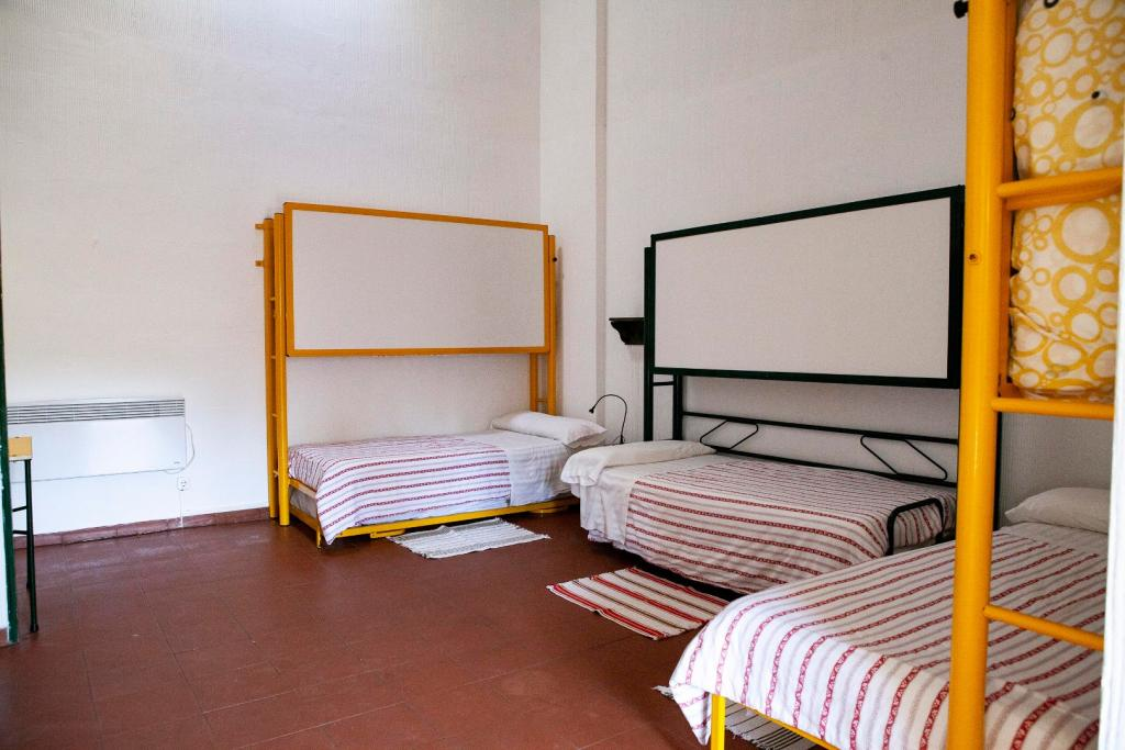 habit standard tres camas