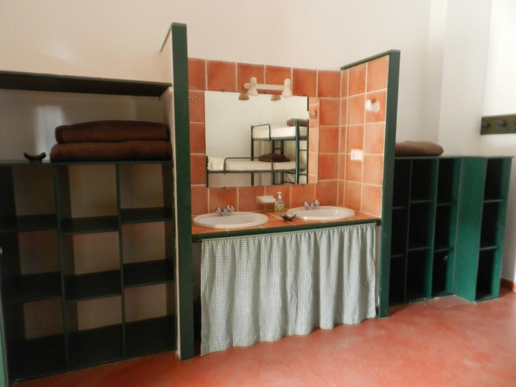 7583-1583720728_cuarto-sin-bao-dentro-vista-del-lavabo_37120629073_o.jpg.jpg