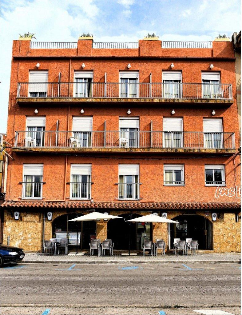 Hostal Isabel - Hostal en Blanes - Hostales en Blanes - Las Habitaciones